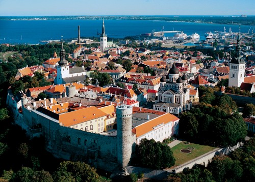 Toompea castle and Tallinn old town